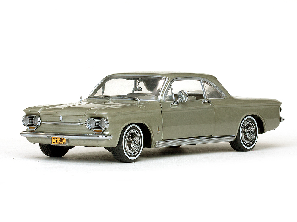 Chevrolet Corvair Coupe 1:18 Sun Star