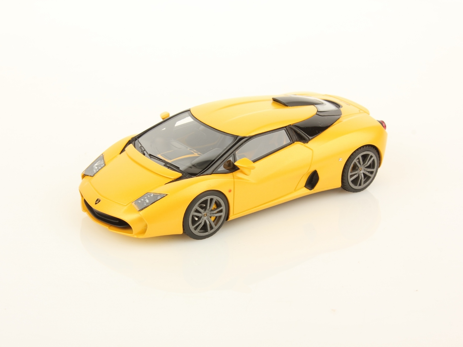 Lamborghini 5-95 by Zagato 1:43 Look Smart