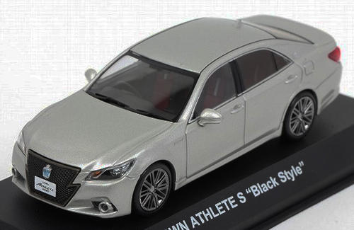 Toyota Crown Hybrid Athlete S 1:43 Kyosho