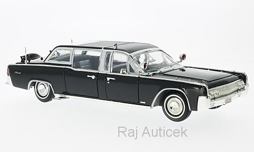 Lincoln Continental X-100 1:24 Lucky Die Cast