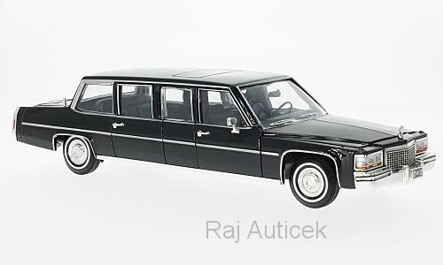 Cadillac Presidential Limousine 1:24 Lucky Die Cast
