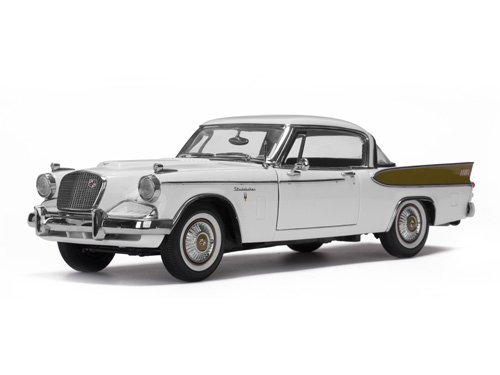 Studebaker Gold Hawk 1:18 Sun Star