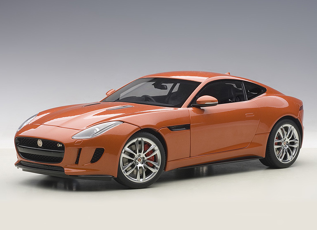 Jaguar F-Type R Coupe 1:18 AUTOart