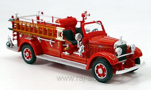 Mack Type 75BX hasiči 1:43 Lucky Die Cast